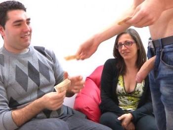 Vendo a mi novia en Parejas.NET: si no follas es por que no quieres. �Sus primeros cuernos!